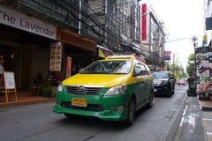 Bangkok taximeter på den i stadens centrum gatan Royaltyfri Bild