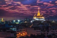 bangkok Tempio dorato della montagna Immagine Stock Libera da Diritti
