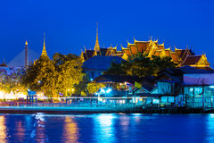 Bangkok temple at night Stock Photos