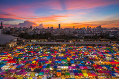 Bangkok tent. BANGKOK - JANUARY 23, 2015: View from above of a night market in Huay Khwang district, Bangkok Stock Photo