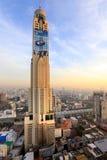 BANGKOK, THAÏLANDE - 15 décembre 2015 : beau coucher du soleil brumeux OV Image stock