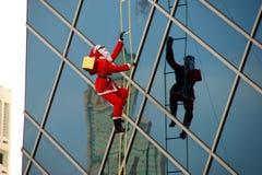 Bangkok, Thaïlande : Décoration de Santa de Noël photographie stock