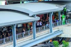 Bangkok, Thaïlande - 1er février 2017 : Les passagers ont marché sur le s Photographie stock