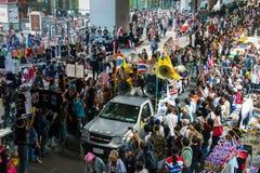 Bangkok, Thaïlande - 18 janvier 2014 : Protestataires anti-gouvernement thaïlandais Photographie stock