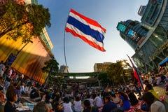 Bangkok, Thaïlande - 18 janvier 2014 : Protestataires anti-gouvernement thaïlandais Image stock