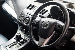 BANGKOK, THAÏLANDE - 10 MAI 2017 : Intérieur de console de Mazda 3 MOIS Photo stock