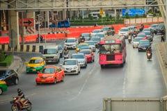 Bangkok, Thaïlande - 8 mars 2017 : Confiture de circulation dense chez Ladprao Photographie stock