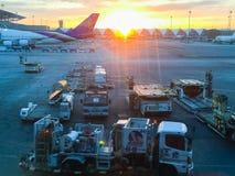 Bangkok, Thaïlande - 20 novembre 2015 : Beau lever de soleil à Suva Photos libres de droits