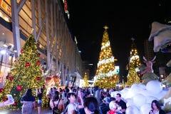 BANGKOK, THAÏLANDE - 21 NOVEMBRE 2017 : Joyeux Noël et heureux Photos stock