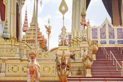 Bangkok, Thaïlande - 10 novembre 2017 : L'exposition royale de crématorium du Roi Bhumibol Adulyadej chez SanamLuang Photographie stock libre de droits