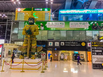 Bangkok, Thaïlande - 20 novembre 2015 : Les passagers arrivent à Suva Image stock