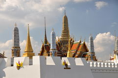 Bangkok, Thaïlande : Palais grand Wat Phra Kaeo Photo stock