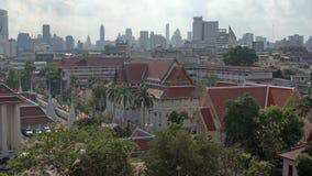 BANGKOK, THAÏLANDE - VERS en mars 2017 : Vue impressionnante de Bangkok - vieil ine de ville et de paysage urbain de bâti d'or, W banque de vidéos