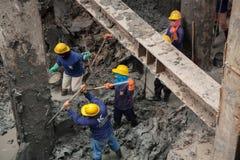 Bangkok thailändsk arbetare i en byggnadsplats Royaltyfri Fotografi