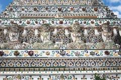 Bangkok thailan Wat Arun Giant vit Royaltyfria Foton