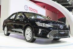 BANGKOK, THAILAND - APRIL 4: nieuw camry Toyota toont op 4,20 April Stock Foto