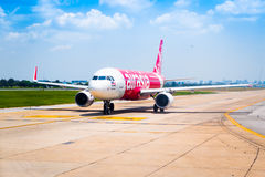 Bangkok, Thailand - 13. April 2017: Thailändisches Air Asia geparkt bei Don M Stockfoto