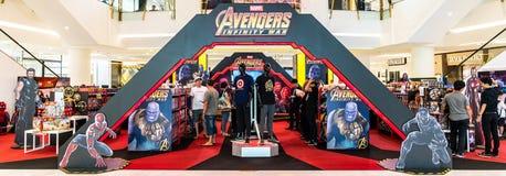 Bangkok, Thailand - 26. April 2018: Verkaufsausstellungsstand des fördernden Ereignisses und des Spielzeugs des Rächer-Unendlichk Stockfotografie
