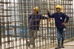Bangkok Thailand, arbetare på överkanten av en byggnadsplats Royaltyfri Foto