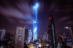BANGKOK, THAILAND - 28. AUGUST 2016: Neues modernes Gebäude Bangkoks findet im Geschäftsbereich, Mahanakhon-Turm, das höchste Geb lizenzfreies stockbild