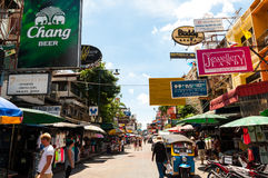 BANGKOK, THAILAND - AUGUST 24:Tourists walk along backpacker hav Royalty Free Stock Image