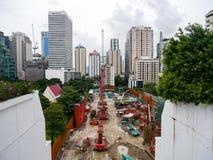 Bangkok Thailand - Augusti 6, 2017: En konstruktionsplats av buil fotografering för bildbyråer