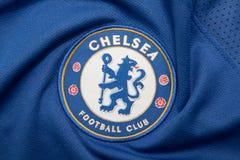 BANGKOK THAILAND - AUGUSTI 4: Logoen av Chelsea Football Club arkivfoto