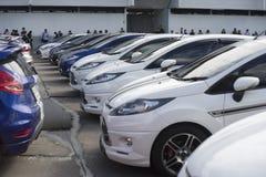 Bangkok, Thailand: 31 augustus, 2016 - de de autogebruiker van de doorwaadbare plaats in Thailand krijgt een flits menigte bij de Royalty-vrije Stock Afbeelding