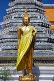 Bangkok, Thailand: Buddha am Tempel von Dämmerung Stockfotos