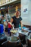 Bangkok, Thailand: Chef-kok het koken Stock Foto