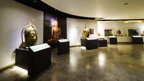 BANGKOK THAILAND - DEC 18: Den guld- Buddha, Phra Buddha Maha Royaltyfria Bilder