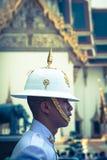 Bangkok Thailand, December 13,2013: Konungar bevakar i storslagen kunglig vän Arkivbilder