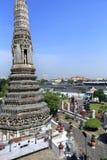 BANGKOK THAILAND - December 15, 2014: Wat Arun (tempel av gryning) Royaltyfria Bilder