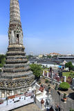 BANGKOK, THAILAND - December 15, 2014: Wat Arun (Tempel van Dawn) Royalty-vrije Stock Afbeeldingen