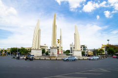 Bangkok Thailand: Demokratimonument Royaltyfria Bilder