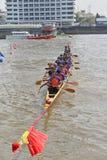 Bangkok, Thailand am 20. Dezember 2015: Die Bootsteams bereitet sich vor Stockfoto