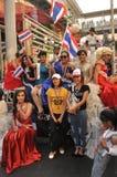Bangkok/Thailand - 01 13 2014: Die gelben Hemden blockieren Teile von Bangkok als Teil ` Abschaltungs-Bangkok-` Operation stockfoto
