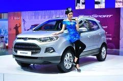 BANGKOK THAILAND - FÖRDÄRVA 30: Ford Eco sport visat a arkivfoton