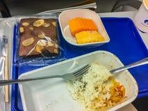 Bangkok, Thailand - 21. Februar 2017: Lebensmittel gedient an Bord von e Lizenzfreie Stockfotografie