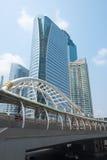 BANGKOK THAILAND - FEBRUARI 20, 2016: Chong Nonsi skywalk på lodisar Royaltyfria Foton