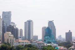 Bangkok, Thailand - 21. Januar 2019: Bürogebäude unter Smog in Silom und in Sathorn-Bezirk, Bangkok stockfoto