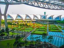 Bangkok, Thailand - Januar, 31, 2010: Suvarnabhumi-Flughafen Lizenzfreie Stockbilder