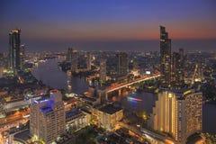 BANGKOK, THAILAND - 20 JANUARI 2018: Stads scape mening van lebua bij de Toren van de Staat Stock Foto
