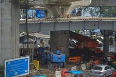 Bangkok Thailand: Januari 29, 2017 tunnelbanastationen BTS, konstruktionen av tunnelbanastationen fotografering för bildbyråer