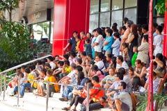 BANGKOK /THAILAND-JANUARY 20: liondansdressingen under ståtar i kinesiska berömmar för nytt år på Januari 20, 2013 Royaltyfri Bild