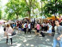 Bangkok-Thailand: JJ markt, weekendmarkt voor iedereen uit de hele wereld Stock Foto's
