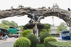 BANGKOK THAILAND - Juli 21, 2015: Dusit zoo Den Dusit zoo var Thail royaltyfri foto