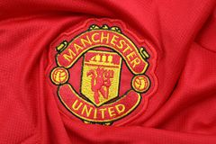 BANGKOK THAILAND - JULI 12: Logoen av Manchester United Footb Royaltyfri Foto