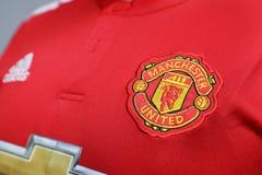 BANGKOK THAILAND - JULI 12: Logoen av Manchester United Footb Arkivbilder