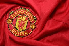 BANGKOK THAILAND - JULI 12: Logoen av Manchester United Footb Royaltyfri Bild
